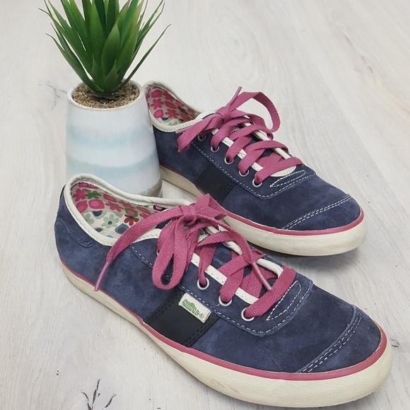 d61bbb6e8ce Simple Eco Sneakers. M 5c4d37fec9bf504653fb6fe6